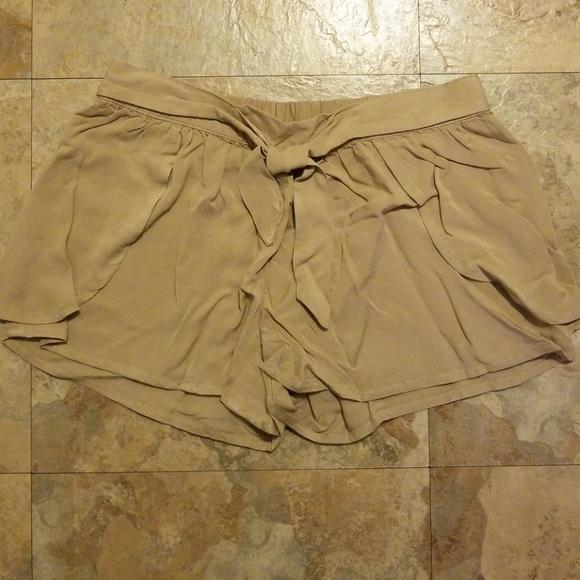 Crazy 8 Other - Tulip Hem Shorts